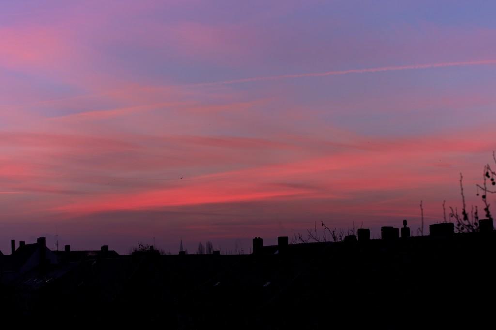 Farben des Sonnenaufgangs am 21. Januar gegen acht Uhr früh. (Bild: B. Knispel)