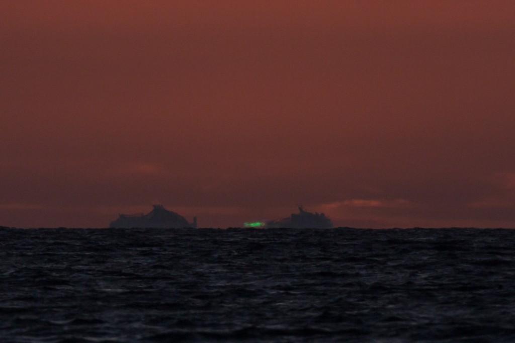Grüner Blitz am 23. Mai 2015 um 21:27:01 MESZ an der Nordküste Fehmarns. (Bild: B. Knispel)