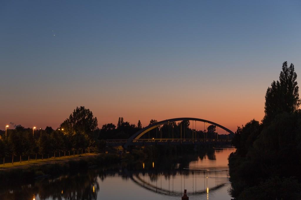 Venus und Jupiter am 30. Juni um 22:46 Uhr MESZ. (Bild: B. Knispel)