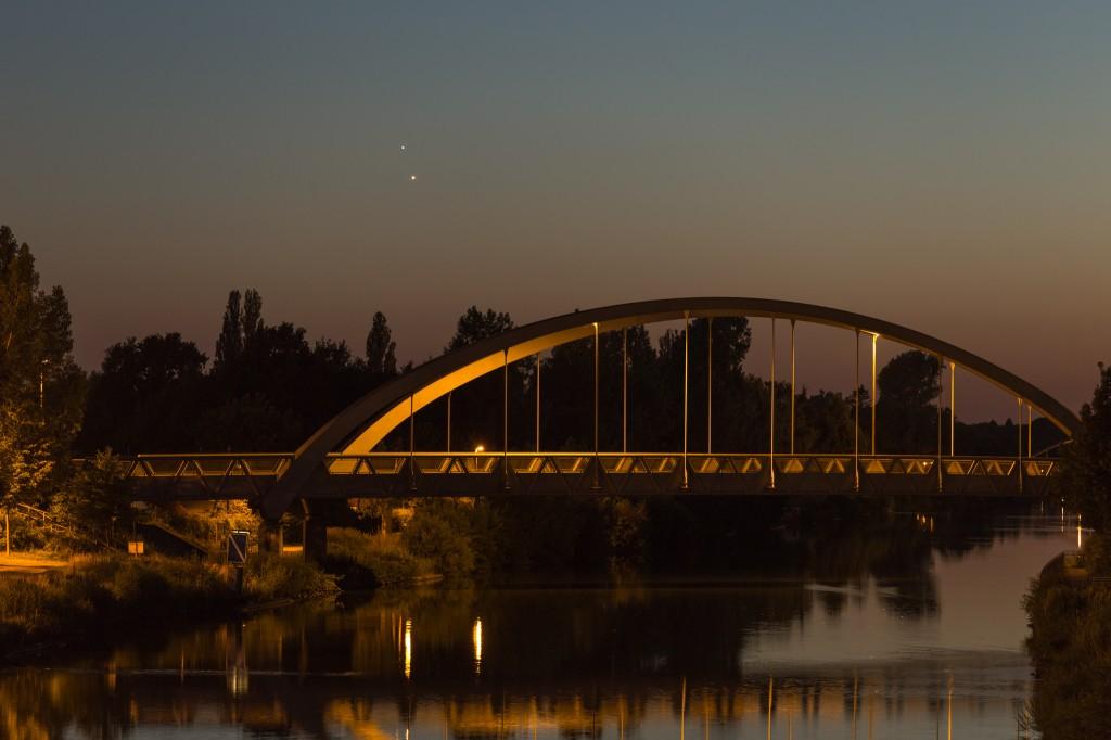 Venus und Jupiter am 30. Juni um 23:23 Uhr MESZ. (Bild: B. Knispel)