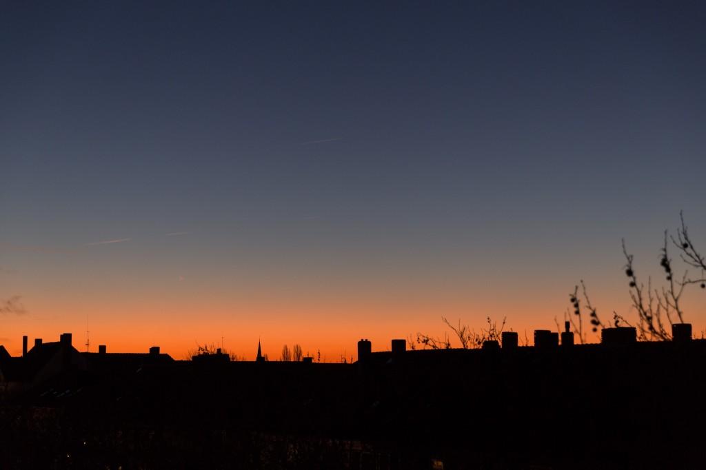 Dämmerungsfarben um 7:22 Uhr MEZ. (Bild: B. Knispel)