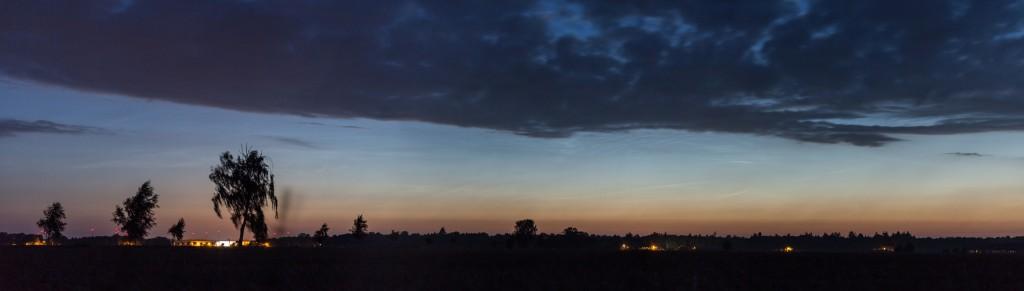 Leuchtenden Nachtwolken um 3:19 Uhr MESZ. (Bild: B.Knispel)