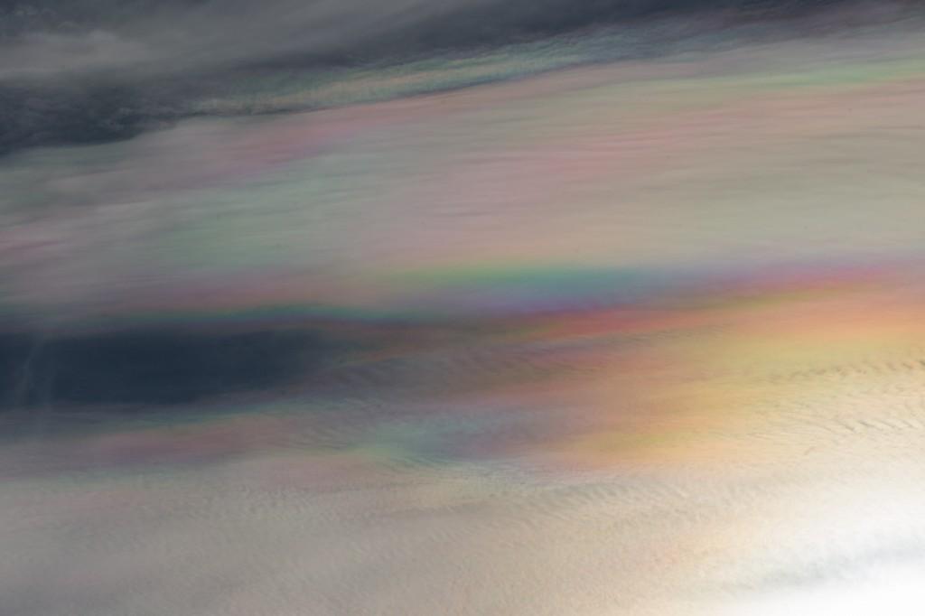 Irisierende Wolken am 25.9.2016 (Bild: B. Knispel)