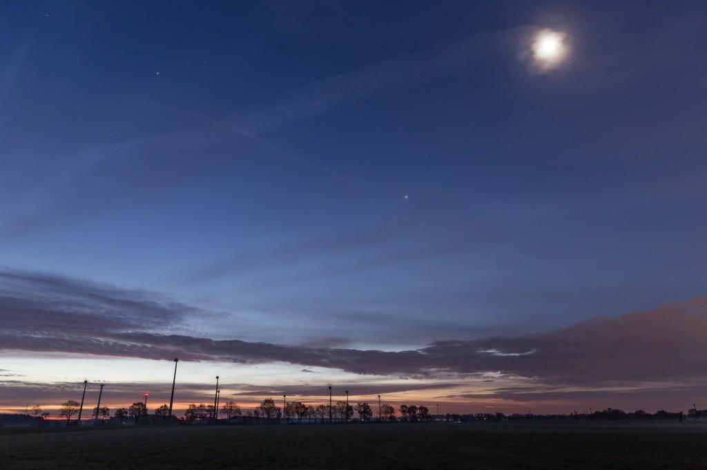 Mond und Jupiter am 23.11.2016 um 6:53 Uhr.