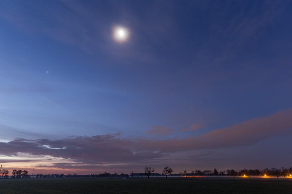 Mond und Jupiter am 23.11.2016 um 6:56 Uhr.