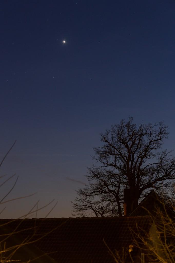 Venus am Abendhimmel des 21.12.2016 um 17:29 Uhr MEZ. Bild: B. Knispel