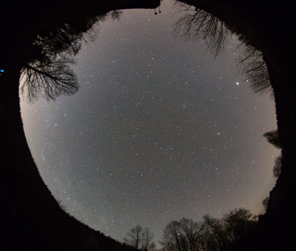 Ganzhimmelsaufnahme am zweiten Beobachtungsort. Bild: B. Knispel