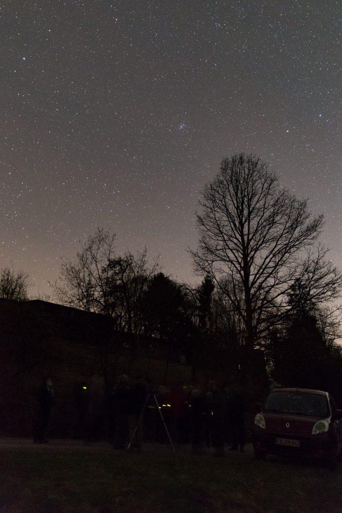 Der Offene Sternhaufen Praesepe im Sternengewimmel über den TeilnehmerInnen der Tagung. Bild: B. Knispel