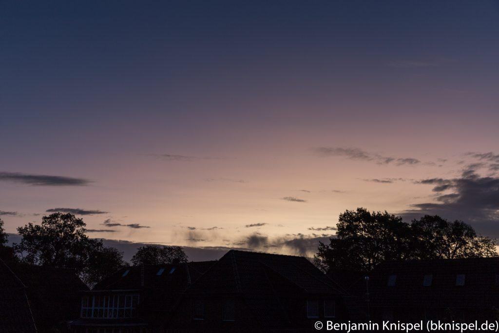 Morgendämmerung am 22.10.2017 um 7:37 MESZ. (Bild: B. Knispel)