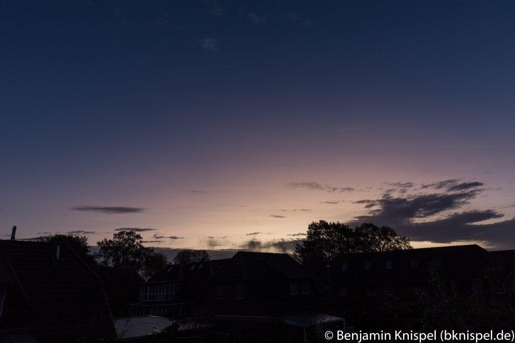 Morgendämmerung am 22.10.2017 um 7:38 MESZ. (Bild: B. Knispel)