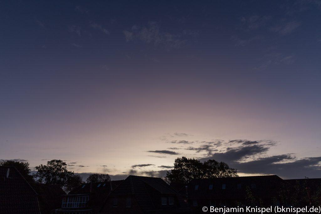 Morgendämmerung am 22.10.2017 um 7:41 MESZ. (Bild: B. Knispel)