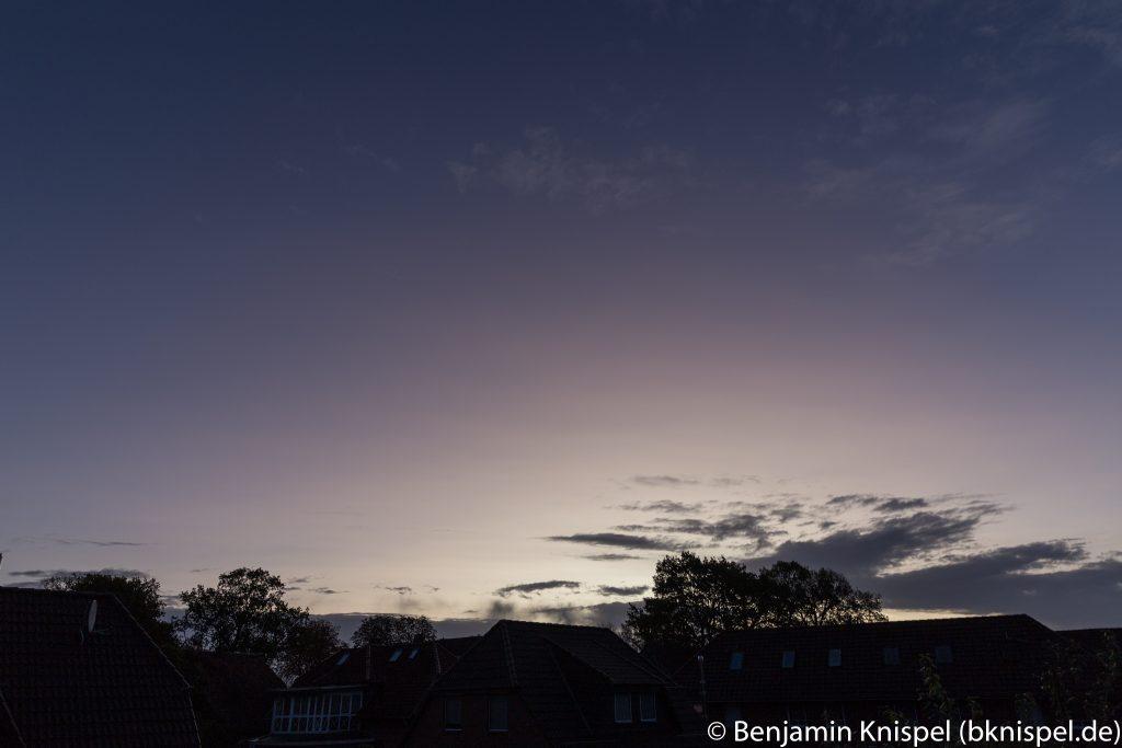 Morgendämmerung am 22.10.2017 um 7:42 MESZ. (Bild: B. Knispel)