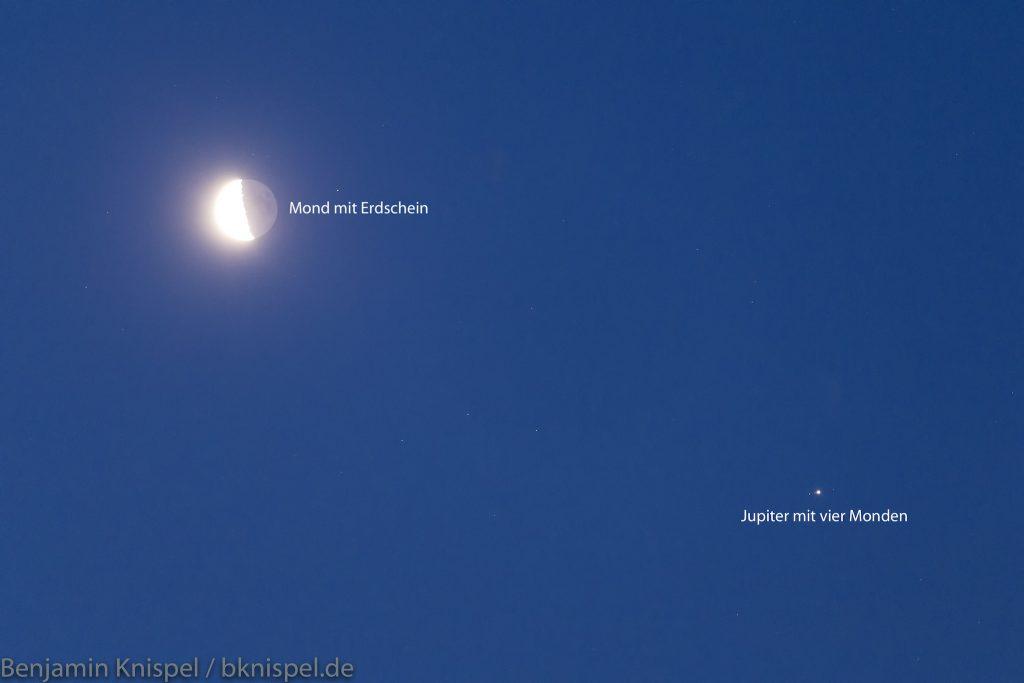 Mond und Jupiter (mit vier Monden) im Detail. (Bild: B. Knispel)